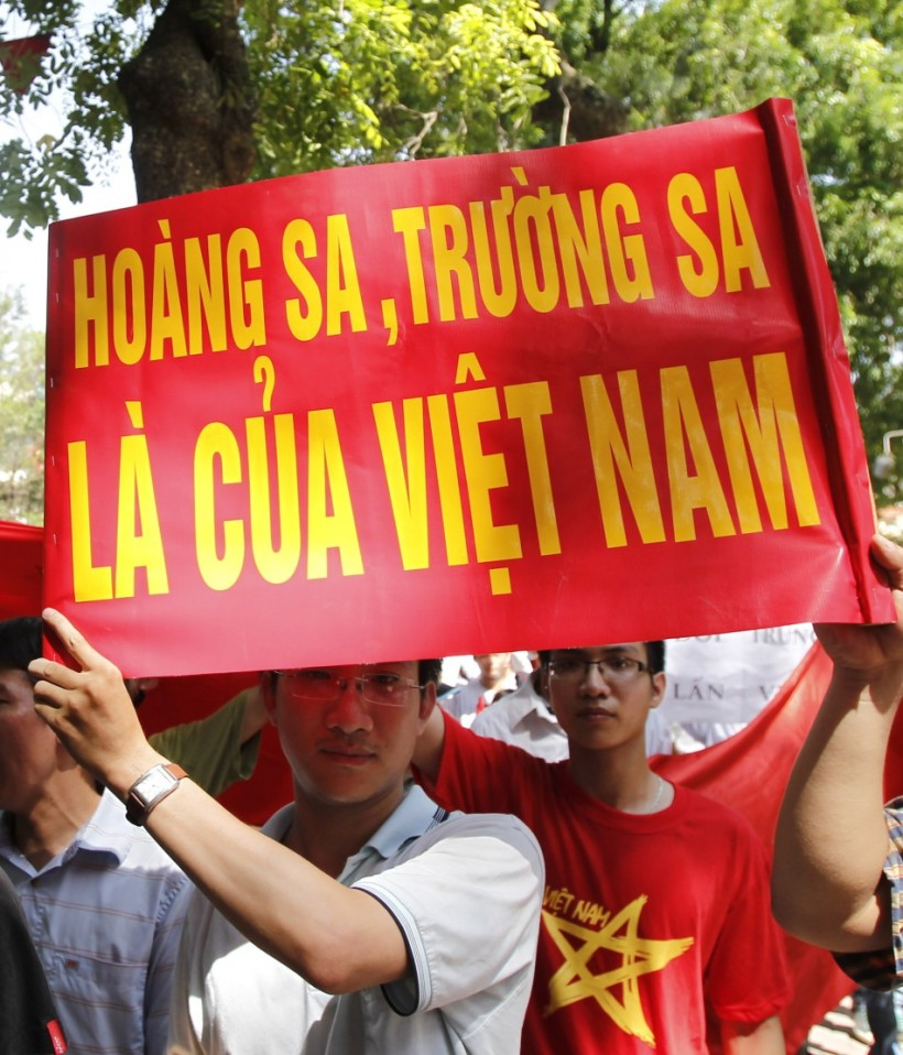 109815-vietnam-protests-chinese-aggression-in-south-china-sea